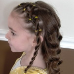 Sweet-Cheerleading-Hairstyles-for-Little-Girls-_03